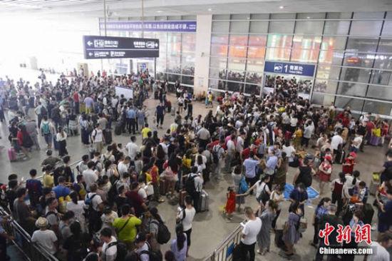 京广高铁浏阳河隧道恢复通车 全线恢复正常运行