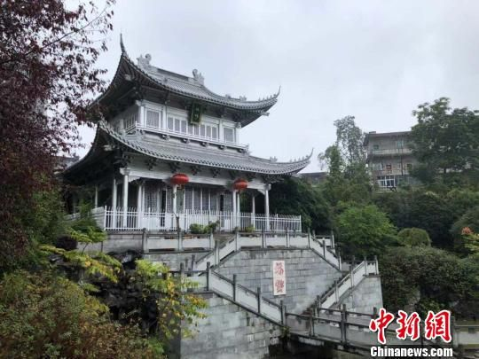 位于永兴县境内的中国最大银楼,系耗费5万两白银、数十名工匠历经白余天封闭构建而成。 傅煜 摄