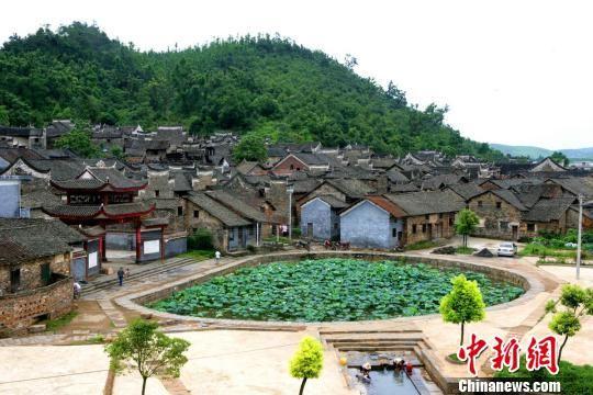 资料图:板梁古村。郴州市委宣传部供图