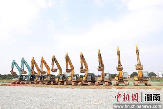 长沙经开区二季度复杂工业项目齐集开工。
