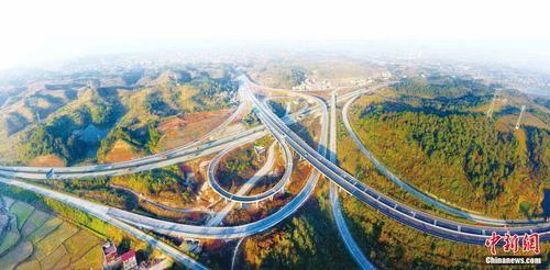 邵阳高速公路。邵阳市交通运输局提供