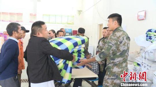 湖南保靖县葫芦镇火灾烧毁房屋68栋 系村民用火不慎引发
