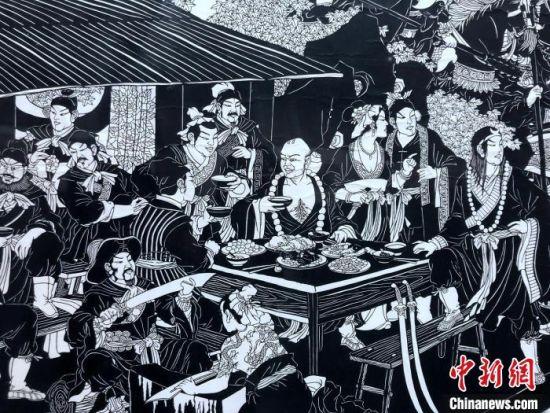 《水浒传聚义厅》(局部)。 邓霞 摄
