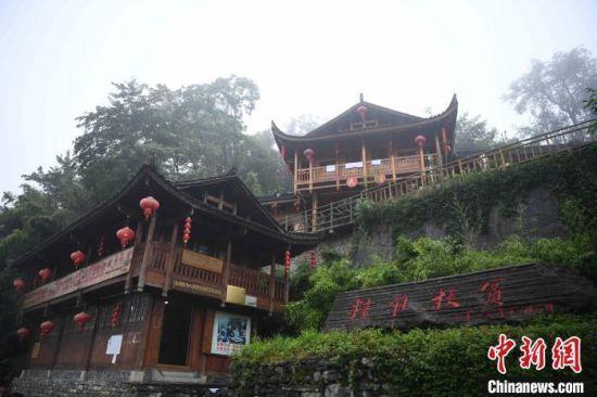 """中国""""精准扶贫""""理念首倡地湖南湘西十八洞村。 杨华峰 摄"""