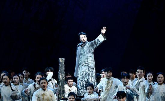 花鼓戏《徐特立》长沙首演。湖南艺术职业学院供图