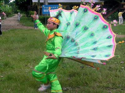傣族孔雀舞图片