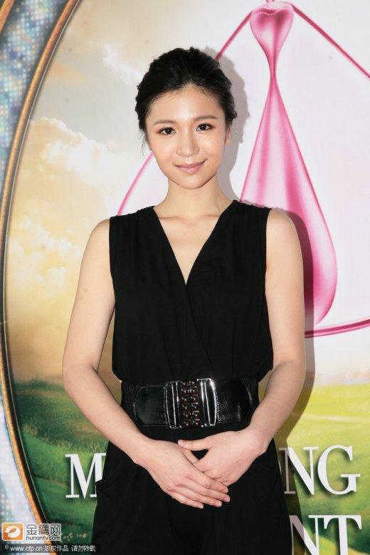 香港佳丽第中文小姐争入围各性感秀胸露腿争百度性感破解版云吧沙滩4二轮图片