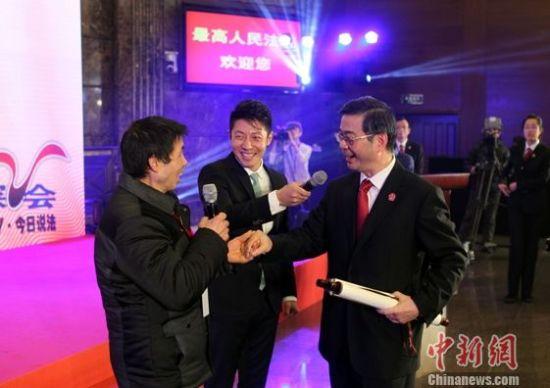 国家宪法日:湖南农民赠最高法院院长门神年画