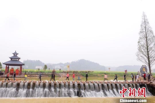海外华媒田汉故里行收官 赞浏阳河畔小镇成文艺胜地