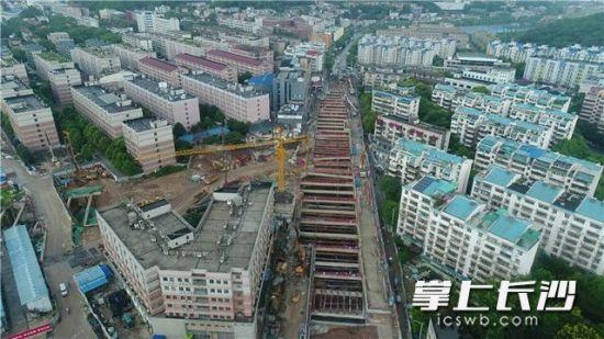 长沙面积最大地铁站主体完工 地铁4号线阜埠河
