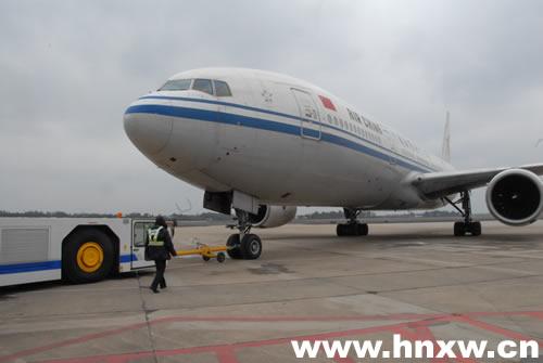 大型宽体客机投入春运