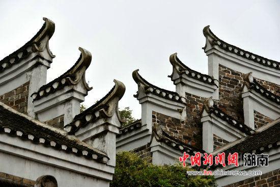 """探访""""湘南第一古村""""板梁古村:氲氲着生活烟火气"""