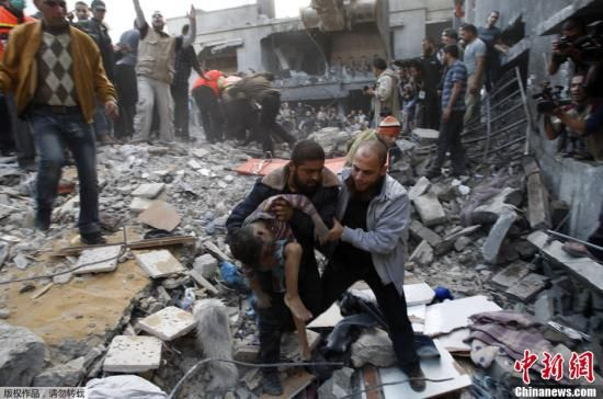 以军继续轰炸加沙 10名巴勒斯坦人受伤
