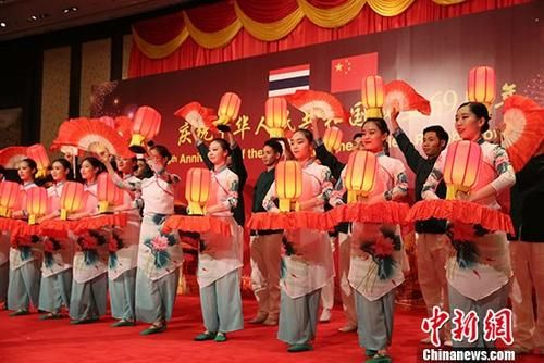 澳门永利娱乐场官网驻泰国大使馆举行国庆69周年招待会