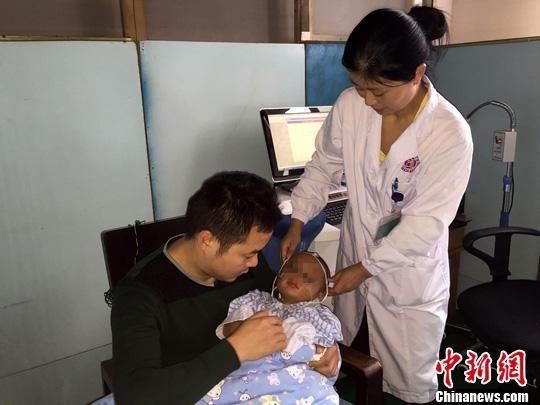 湖南2岁男童从20楼不慎跌落 医学营救现奇迹