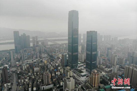 湖南第一高楼建成开业 主塔楼高452米