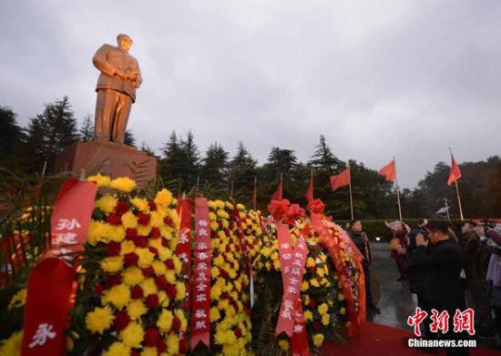 丰功自不朽 伟绩永世红 - wangxiaochun1942 - 不争春